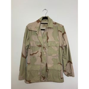 Oversized Utility Jacket in Light Camouflage.
